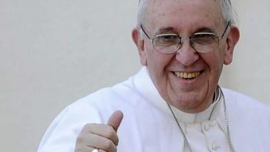 Photo of Uitați de Panettone! Papa Francisc oferă angajaților de la Vatican un cadou inedit de Crăciun