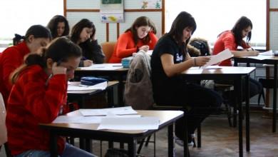 """Photo of """"Autoarele subiectelor la Evaluarea Națională 2021 nu cunosc opera autorului din care au ales textul de examen"""". 76,80% dintre elevi abia au luat 5"""