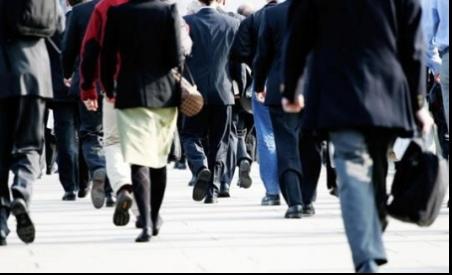 Prezență redusă la serviciu pentru toți salariații din București, de astăzi. Noi reguli COVID-19 impuse angajatorilor