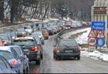 Photo of Gata, ați plecat la munte? Trafic intens pe Valea Prahovei. Coloane de mașini spre Brașov