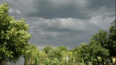 Photo of Prognoza meteo de weekend pentru București. Vremea întoarce foaia de o să fie vai de noi. Ne așteaptă ploaie, frig și grindină