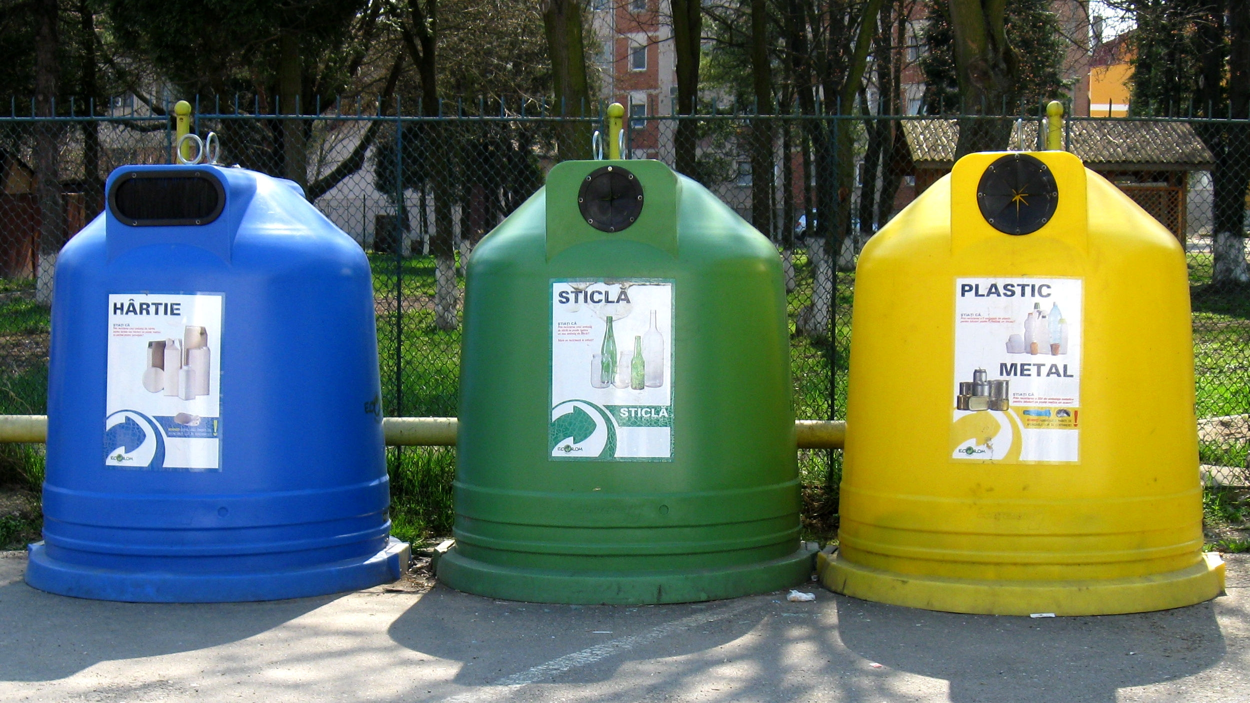 Activități false de colectare și reciclare în București și alte 6 județe. Prejudiciul estimat este de aproape 25 milioane lei