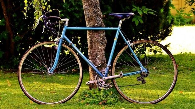 """Bicycle-friendly, visul bucureșteanului. Unde au dispărut bicicletele """"lui Firea""""? De ce voucherele nu au mărit apetitul biciliștilor din București"""