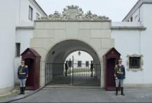 Photo of Expoziţia regală de la Palatul Elisabeta îşi deschide din nou porţile. Cât costă biletul și când poate fi vizitată