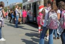 Photo of Transport gratuit la școală pentru elevii claselor primare. Proiectul a fost adoptat de Camera Deputaților