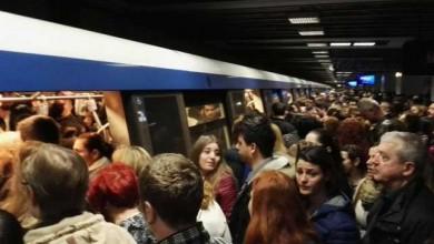 Photo of Unei femei i s-a făcut rău la metrou, pe Magistrala 2. Trenurile au circulat în sistem pendulă