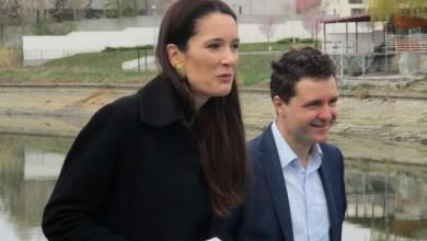 Photo of Nicușor Dan și Clotilde Armand își aruncă postări suave pe Facebook. Un Ala, bala, portocala de toată frumusețea între PMB și Primăria Sectorului 1