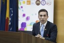 Photo of Valeriu Gheorghiță a oferit noi detalii despre etapa a III-a a campaniei de vaccinare anti-COVID. Ce se întâmplă cu centrele de vaccinare după 15 martie