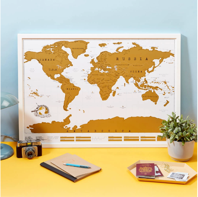 idee de cadou de craciun: harta lumii razuibila