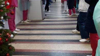 Photo of Protest la Spitalul Sf. Ioan din Capitală. Medicii şi asistenţii implicați în lupta COVID se plâng că nu au primit niciun spor