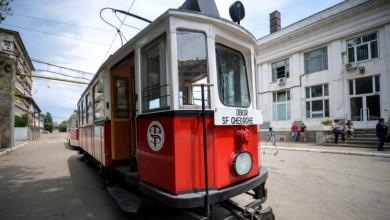 Photo of Tramvaiul de Poveste circulă de mâine prin București! Model de epocă, gătit special pentru Sărbătoarea de Crăciun