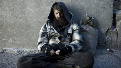 Photo of Apel la bucureștenii cu inimă mare. Ce poți face dacă vezi pe stradă oameni fără adăpost! Un simplu telefon e de ajuns