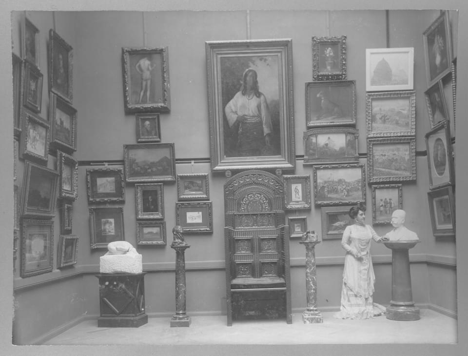 din, interiorul, muzeului, sima, in interbelic