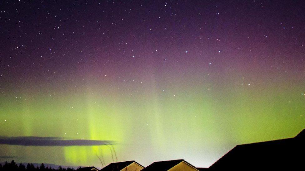 Cerul senin peste Moray oferea oportunități de a vedea luminile, inclusiv de la Elgin