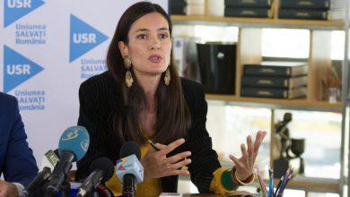 """Photo of Clotilde Armand se ceartă din nou cu consilierii PNL. Îi acuză de infracțiuni. Reacția părții opuse: """"Dezinformezi"""""""