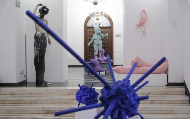 Iubitorii de artă din București