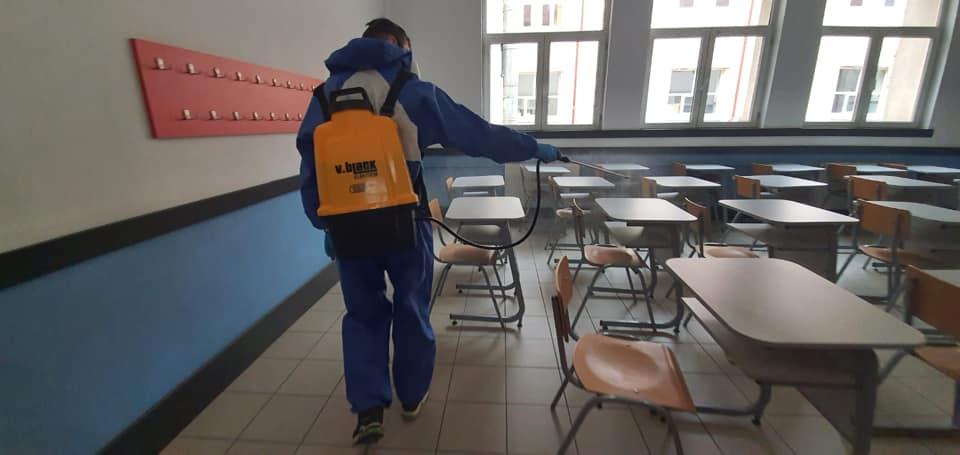 Măsuri suplimentare pentru redeschiderea școlilor
