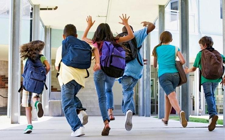 Școlile se redeschid pe 8 februarie
