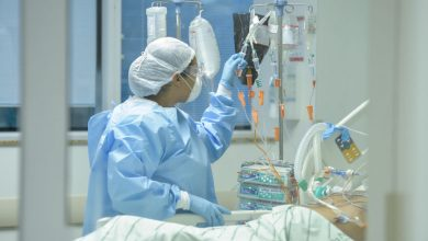 Photo of Tumoră uriașă, de 40 kg, extirpată de medici la Spitalul Militar din București. Pacienta, o femeie de 40 de ani
