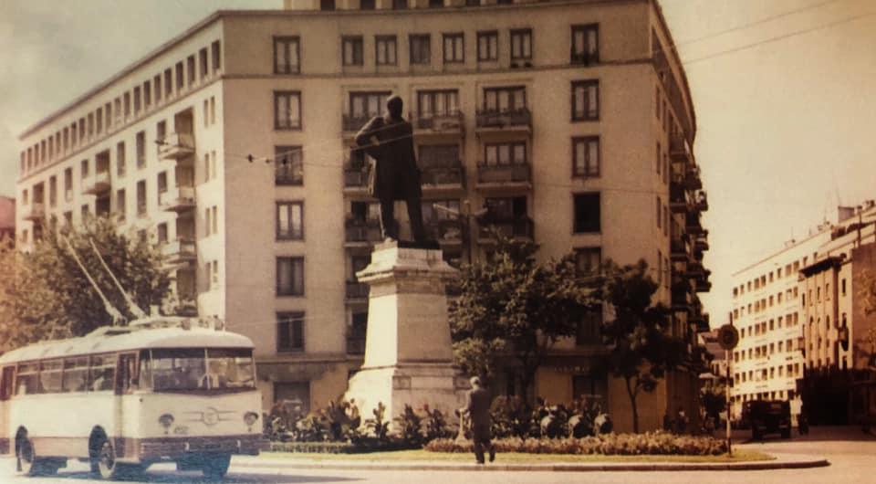 Prima linie de troleibuz din București