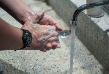 Photo of Pandemia ți-a distrus pielea mâinilor? Iată 6 modalități de salvare a acestora