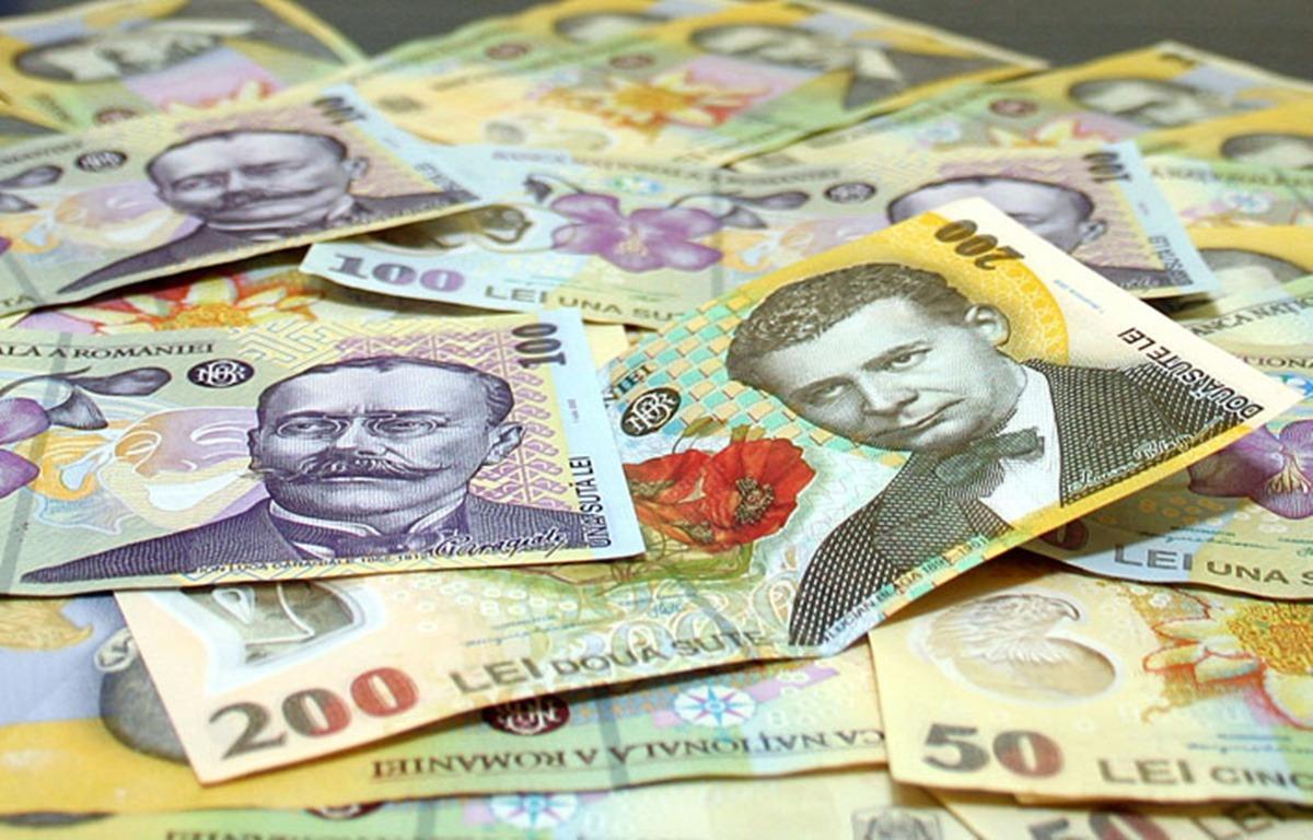 Capitala este lider la câștigurile de peste 10.000 lei lunar