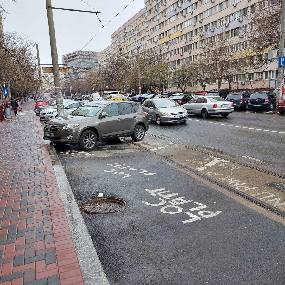 Primăria Sectorului 3 locuri de parcare pe linia de tramvai