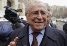 Photo of Ion Iliescu împlinește astăzi 91 de ani. Momente de referință din viața fostului președinte și scandalul în stradă cu actualul deputat AUR George Simion