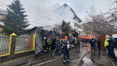 Photo of Incendiu în Sectorul 4 într-un garaj. Risc de extindere la vecinătăţi VIDEO UPDATE