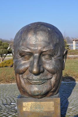 statuie, fondator UE, parcul herastrau