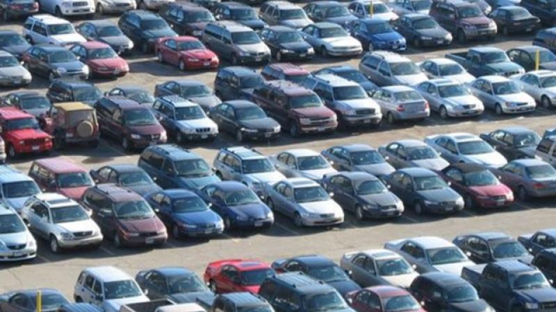 Percheziții la samsarii de mașini second-hand