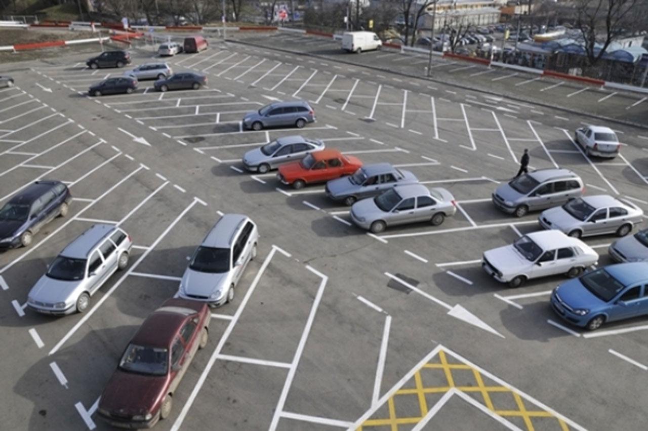 În Sectorul 2 urmează să fie construite zece parcaje noi cu 367 de locuri. Radu Mihaiu spune care sunt cartierele vizate