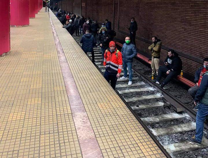 Sondaj despre protestul de la metrou care a paralizat circulația o zi întreagă. 64% dintre bucureșteni nu cred că acțiunea a fost justificată