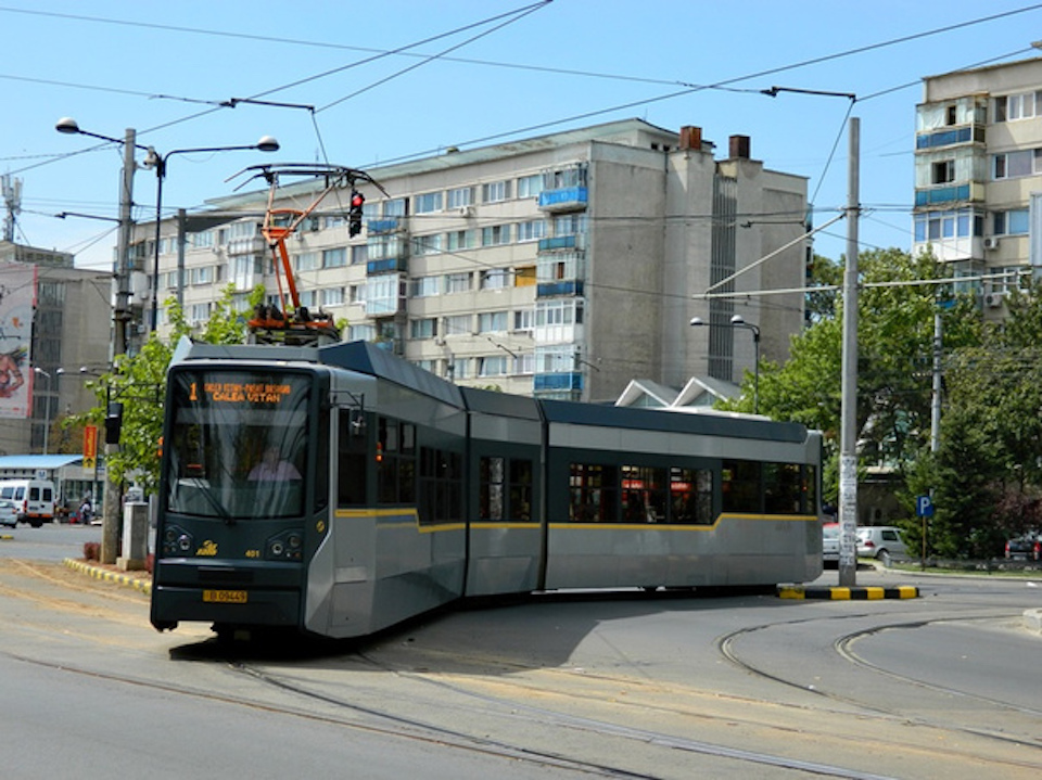 STB anunță că tramvaiele liniilor 1 și 10 vor circula pe trasee modificate, doar pe durata nopții. Cât o să dureze acest lucru