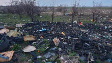 Photo of Comisarii Gărzii de Mediu au descoperit un câmp plin cu deșeuri lângă București. Terenul era pregătit pentru incendiere