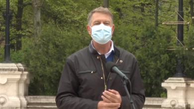 Photo of Klaus Iohannis are o veste tristă și o veste bună pentru români: Vestea tristă e că vaccinarea e singura cale de a scăpa de pandemie, vestea bună e că sunt destule doze de vaccin