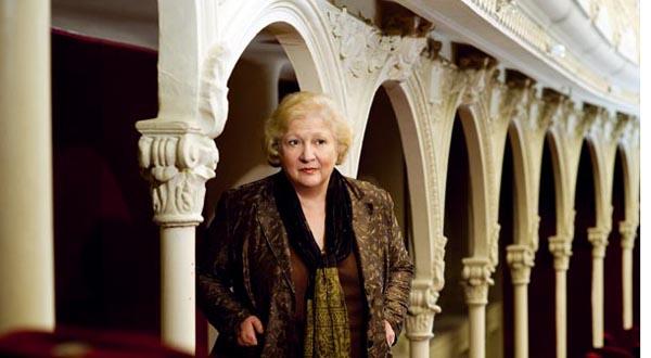 Dorina Lazăr revine la conducerea Teatrului Odeon