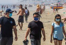 Photo of Nu scăpăm de mască la plajă. Minivacanța de Paște nu aduce relaxarea sperată
