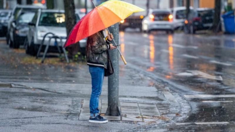 Prognoza meteo specială pentru București. Vreme instabilă și ploi torențiale