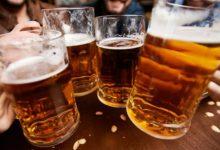 Photo of Se anunță mare beție. Premierul merge să bea o halbă de bere după patru luni de carantină