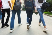 Photo of Decizie oficială a CNSU: Elevii din anii terminali se întorc la școală în format fizic dacă localitatea nu este în carantină