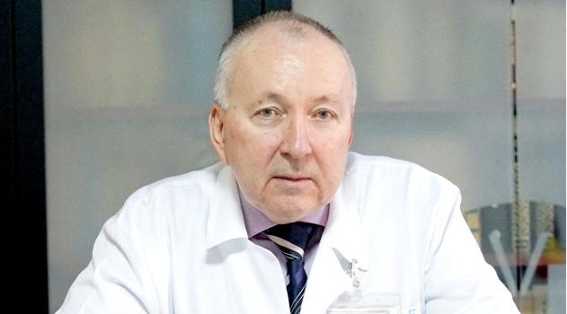 """Fost manager al Spitalului """"Victor Babeș"""", despre TIR-ul ATI: nu a fost cerut de spital, a fost adus"""