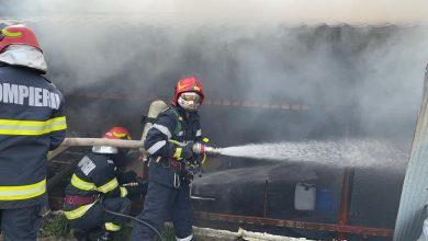 Photo of Incendiu la un service auto din București, pompierii au intervenit cu şase autospeciale. O singură victimă cu arsuri pe față