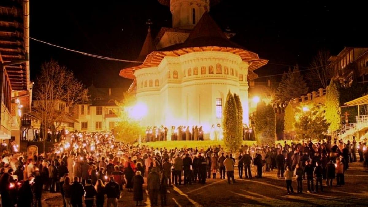 Care sunt restricțiile de circulație în zona Patriarhiei pentru Slujba de Înviere. Brigada Rutieră a Capitalei a făcut anunțul