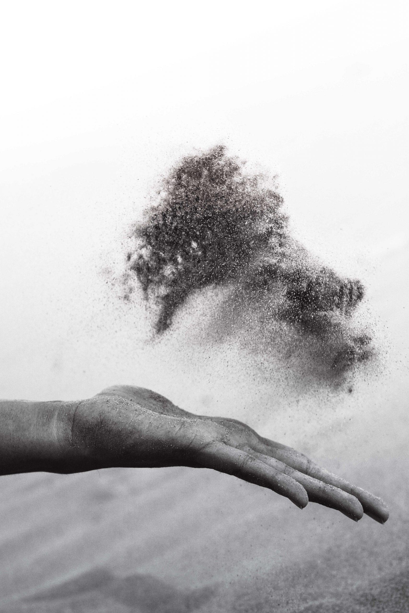 Un nor de praf saharian o să ajungă deasupra României, de Paște