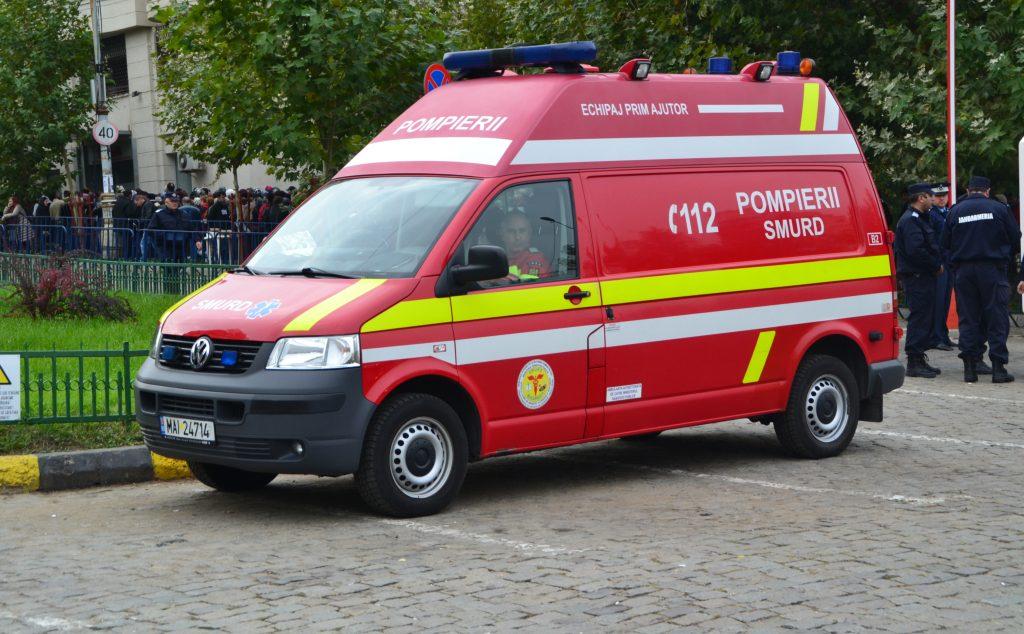 Un bărbat s-a aruncat de la etaj în București