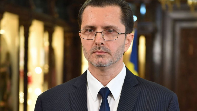 Purtătorul de cuvânt al Patriarhiei s-a vaccinat împotriva COVID-19. Bănescu îi îndeamnă pe preoți să-i informeze pe credincioși