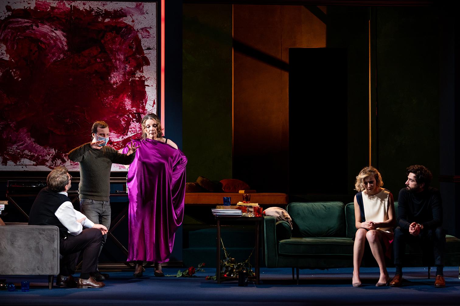 """În culisele spectacolului """"Cui i-e frică de Virginia Woolf?"""". Prezentate de Teatrul Odeon"""