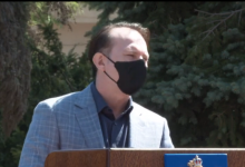 """Photo of Florin Cîțu a făcut anunțul: """"Fără mască pe plajă de la 1 iunie"""". Ce a mai declarat premierul legat de sezonul estival [VIDEO]"""