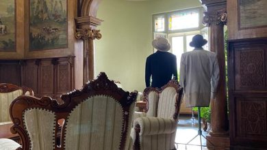 Photo of A opta minune a lumii e în casa asta din București, iar casa e de vânzare. Cu tot cu splendorile pictate de Luchian din dragoste pentru Mathilda